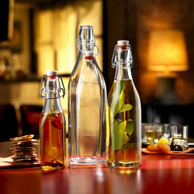 Swing Bottle with Top Mounted 250ml - 1