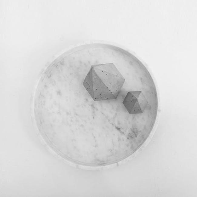 Minimalist Natural Marble Round Tray - 1