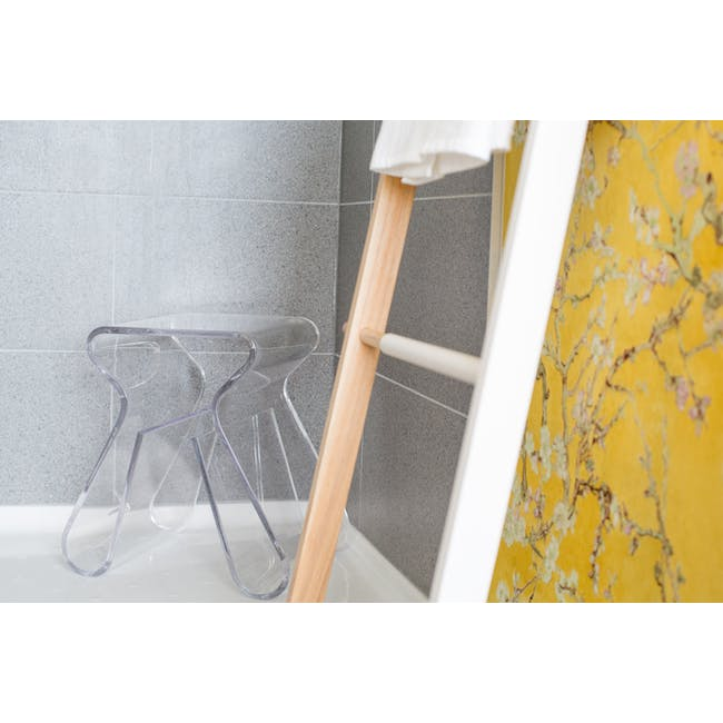 Magino Stool with Magazine Rack - Clear - 3