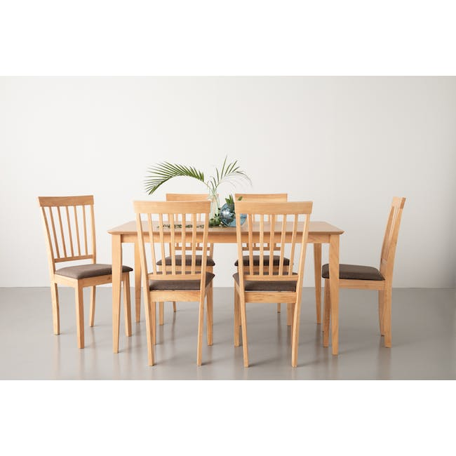 Charmant Dining Table 1.4m in Oak with 4 Dahlia Dining Chairs in Navy - 4