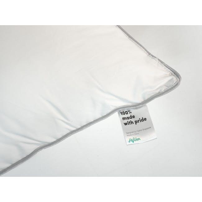 EVERYDAY Pillow - 1