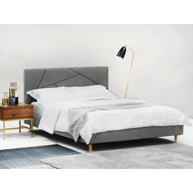 Kieran King Bed in Gray Owl with 2 Odin Bedside Tables in Natural - 2