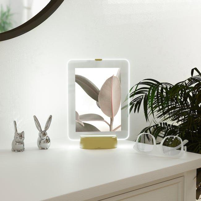 Glo 5 x 7 Photo Display - Brass - 1