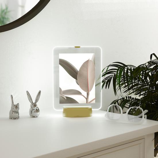 Umbra - Glo 5 x 7 Photo Display - Brass