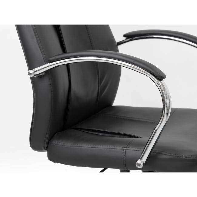 Eyla High Back Office Chair - 1