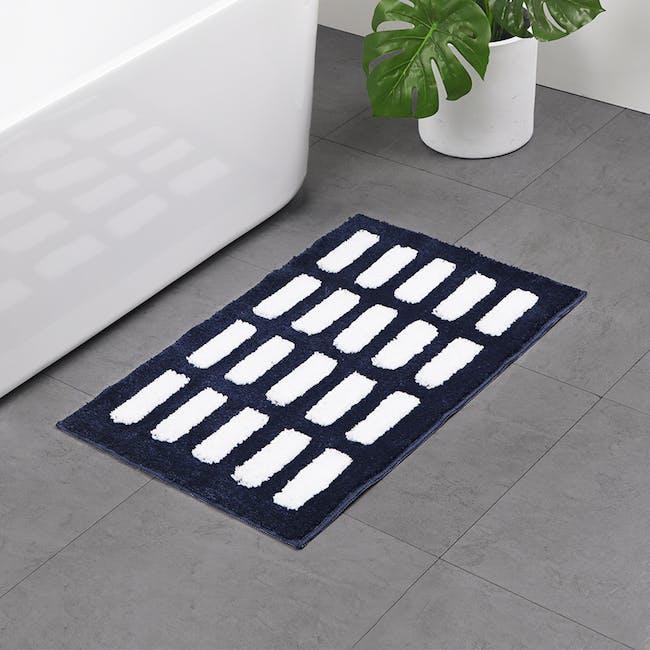 Nordic Dash Floor Mat - Navy - 1