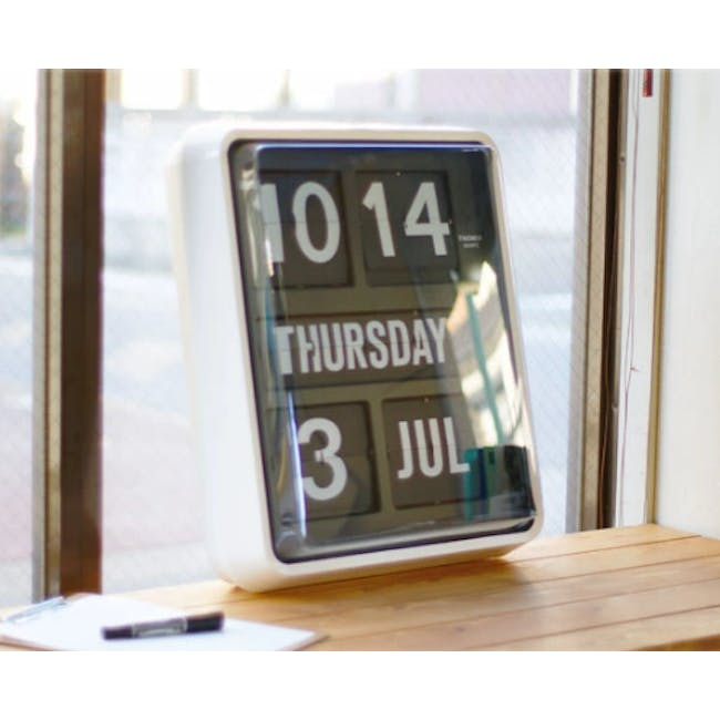 TWEMCO Big Calendar Flip Wall Clock with Chinese Text - White Case Black Dial - 1