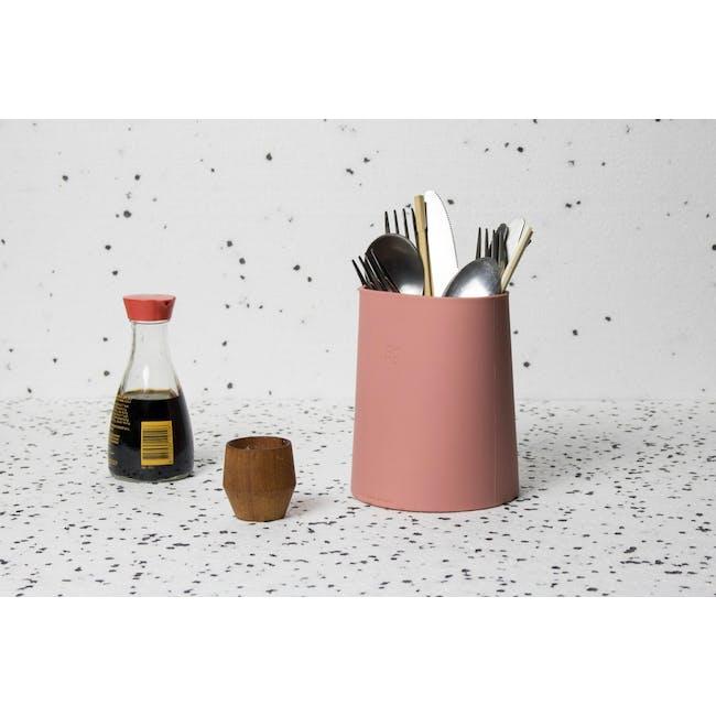 OMMO Hub Utensils Holder - Dusty Pink - 1