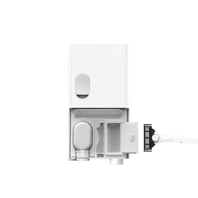 Tic Oral Care & Razor Kit - Matte White - 0