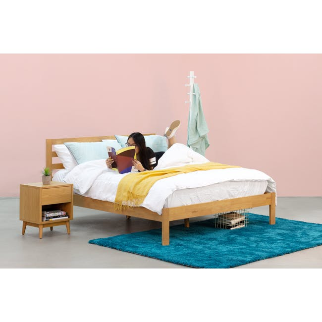Audrey King Storage Bed in Silver Fox with 2 Kyoto Top Drawer Bedside Tables in Oak - 19