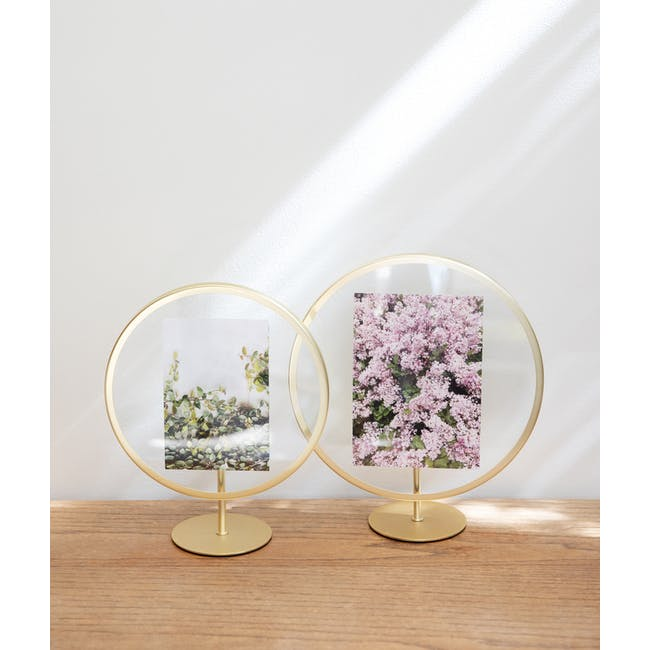 Infinity Round Photo Display - Large - Matte Brass - 4