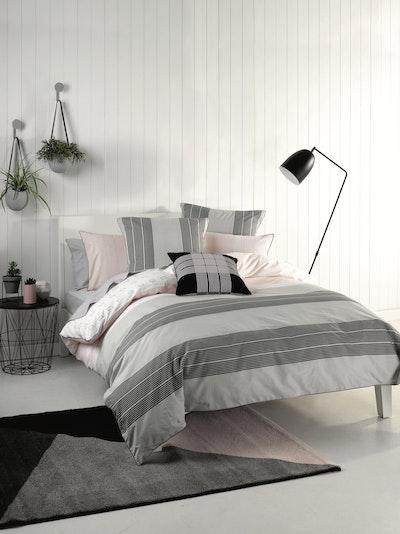 (King) Neta 4-Pc Bedding Set - Image 2