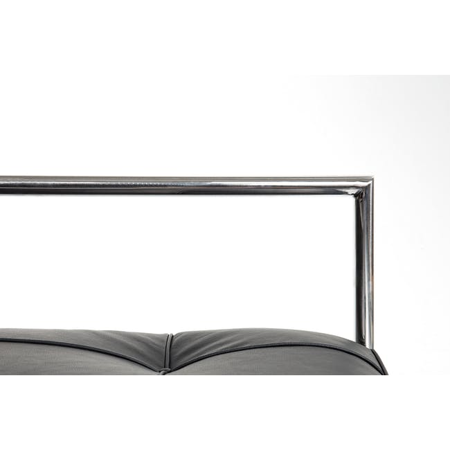 Eileen Grey Daybed Replica - Italian Leather - 6