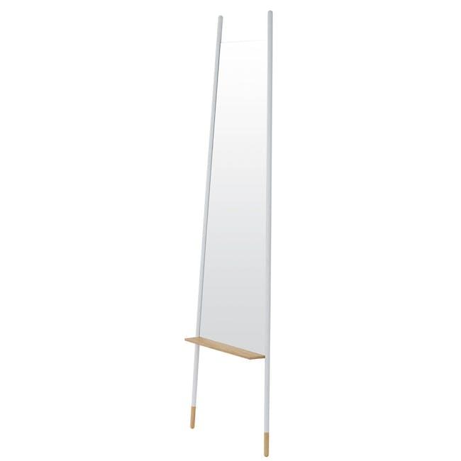 Arthy Leaning Mirror - 3