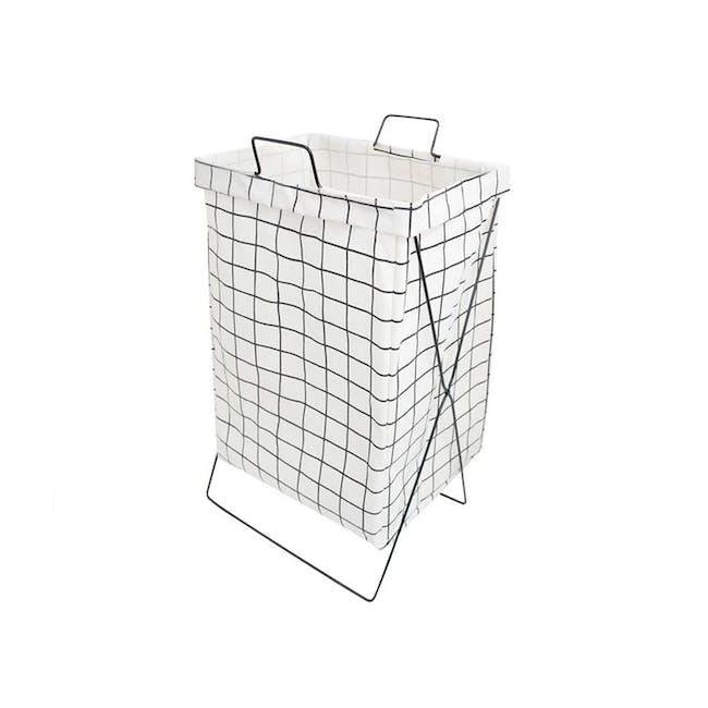 HOUZE Laundry Bag with Matt Steel Frame - White Checkered - 0
