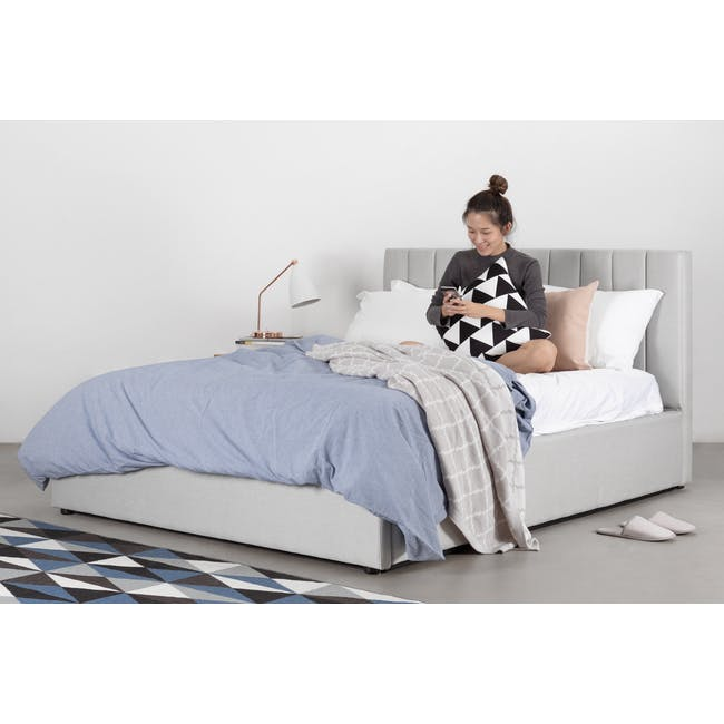 Audrey King Storage Bed in Silver Fox with 2 Kyoto Top Drawer Bedside Tables in Oak - 2