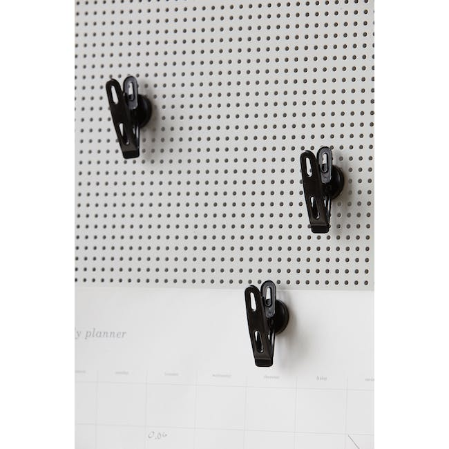 Elias Clips with Magnets - Black (Set of 4) - 2