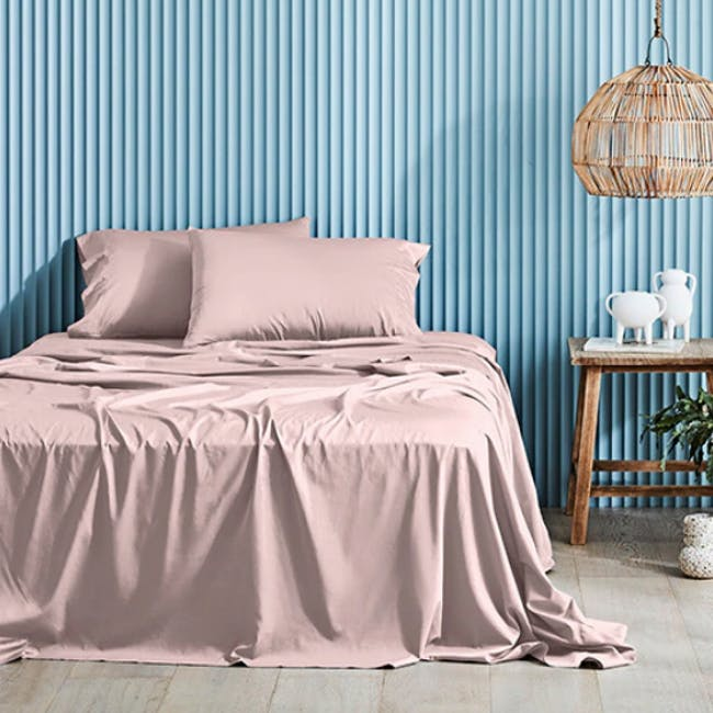 Canningvale Lustro Bamboo Quilt Cover Set - Valentina Pink (2 Sizes) - 0