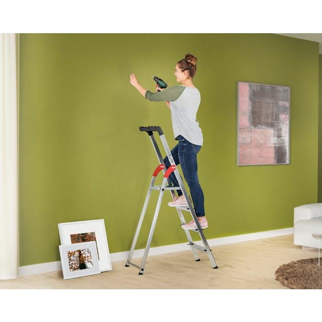 Hailo Aluminium 3 Step Ladder (2 Step Sizes) - 1