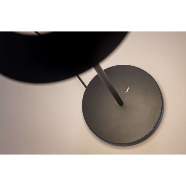 Koncept Royyo Desk Lamp -Soft Warm Black - 3