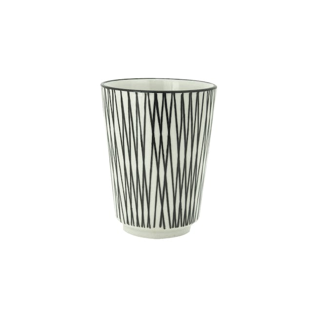 Vertiver Cup - White, Crossed (Set of 6) - 1
