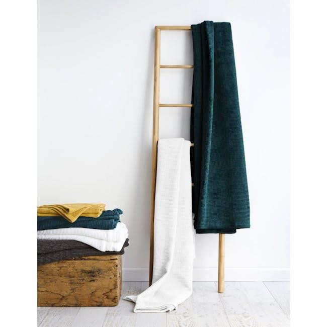 Canningvale Toscana Blanket - Nero Charcoal - 2