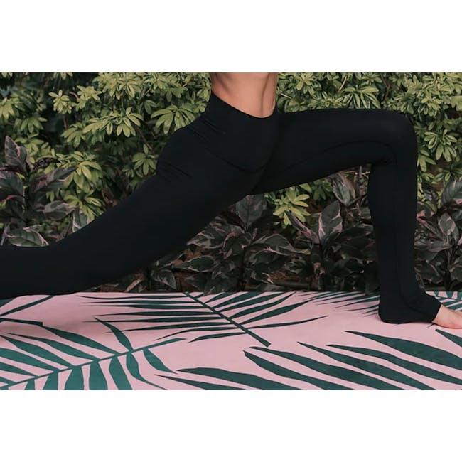 MOSS 2-in-1 Yoga Mat - Spring - 2
