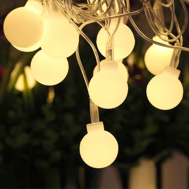 Mini Globe String Lights 6m - Warm - 1