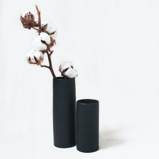 Nordic Matte Vase Small Straight Cylinder Matte Black Hipvan