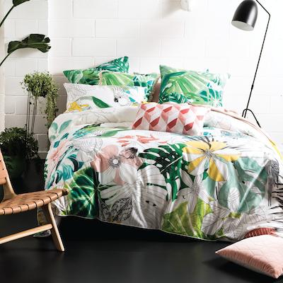 (Queen) Dominica 4-Pc Bedding Set - Image 1