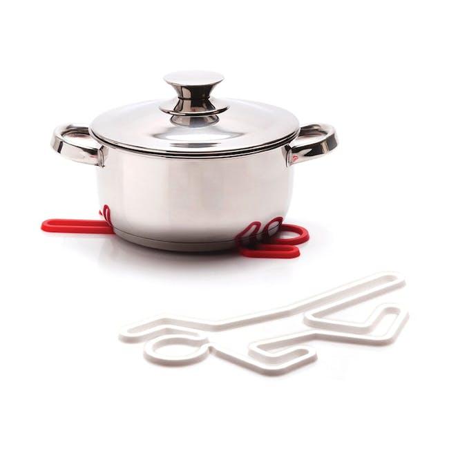 PELEG DESIGN Crime Scene Hot Pot Trivet - White - 2