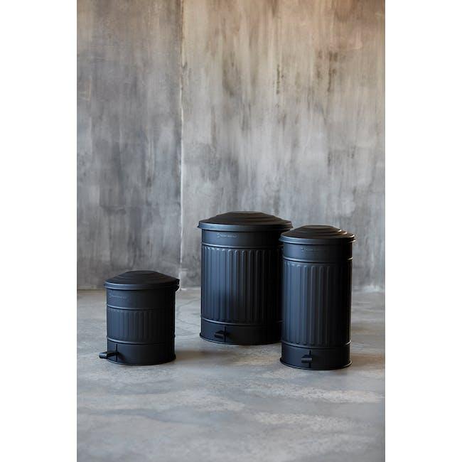 Matt Garbage Bin 24L - Matte Black - 1