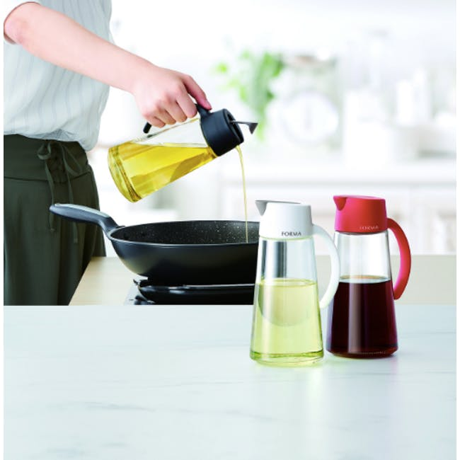 Asvel Forma 650ml Glass Oil Pot - White - 1