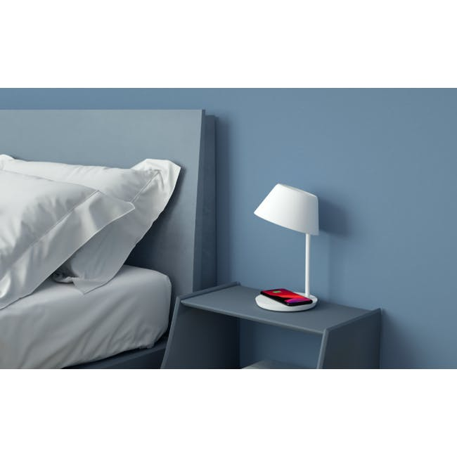 Yeelight Staria LED Bedside Lamp (W Wireless Charging Pad) - 1