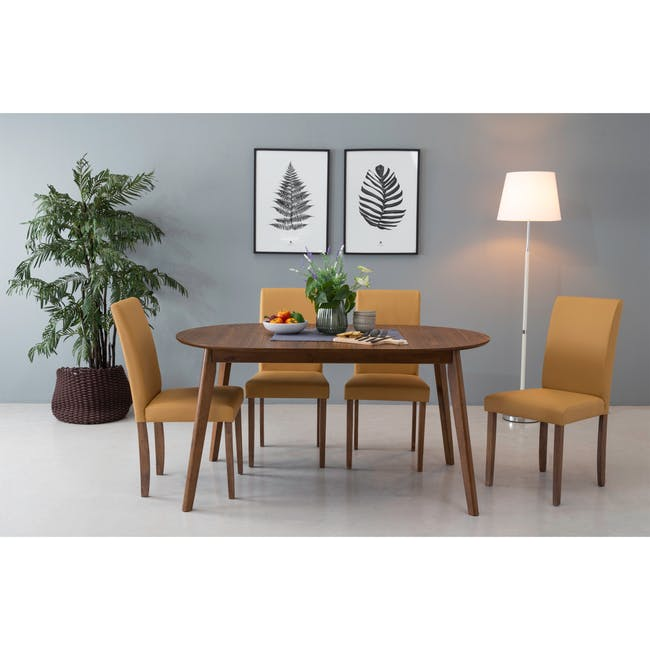 Werner Extendable Oval Dining Table 1.5m with 4 Riley Dining Chairs - 4