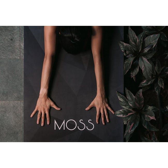 MOSS 2-in-1 Yoga Mat - Midnight - 1