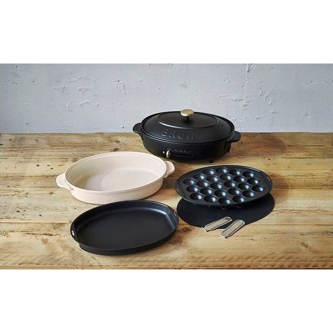 BRUNO Oval Hotplate - Black - 6