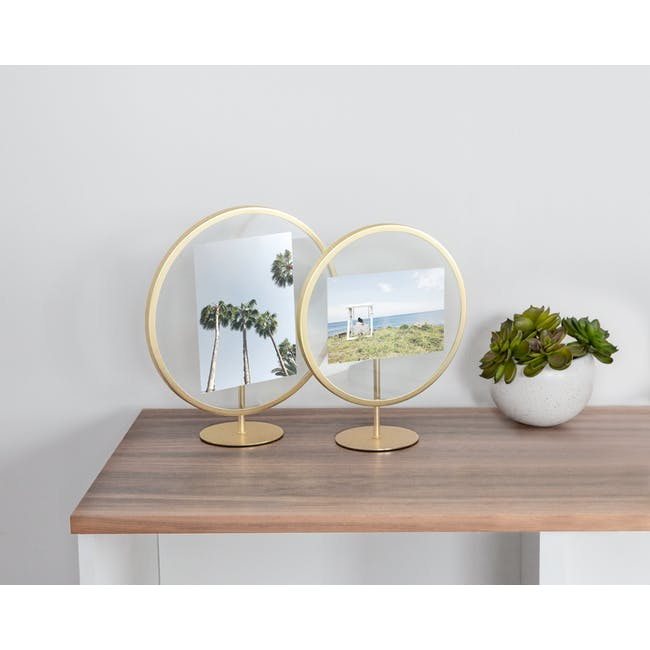 Infinity Round Photo Display - Small - Matte Brass - 1