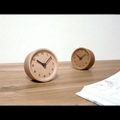 MUKU Table Clock - Alder - Image 2