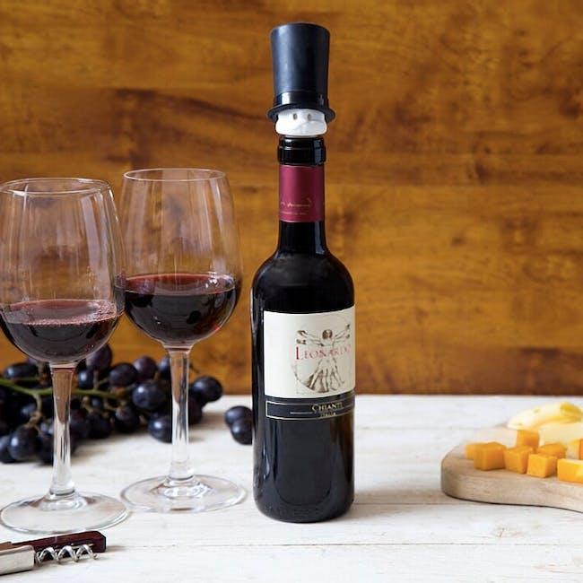 PELEG DESIGN Barney Wine Pourer and Stopper Set - 3