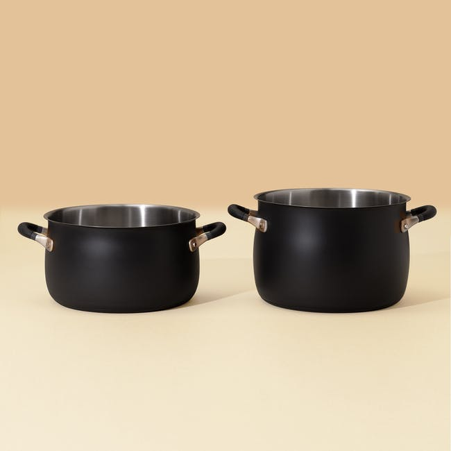 Meyer Accent Series Stainless Steel Stockpot (3 Sizes) - 1