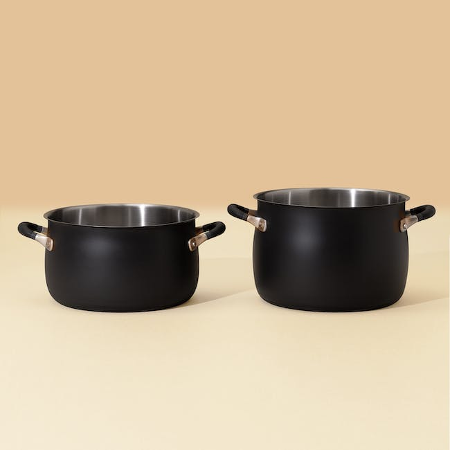 Meyer Accent Series Stainless Steel Stockpot With Lid - 24cm 7.6L - 3