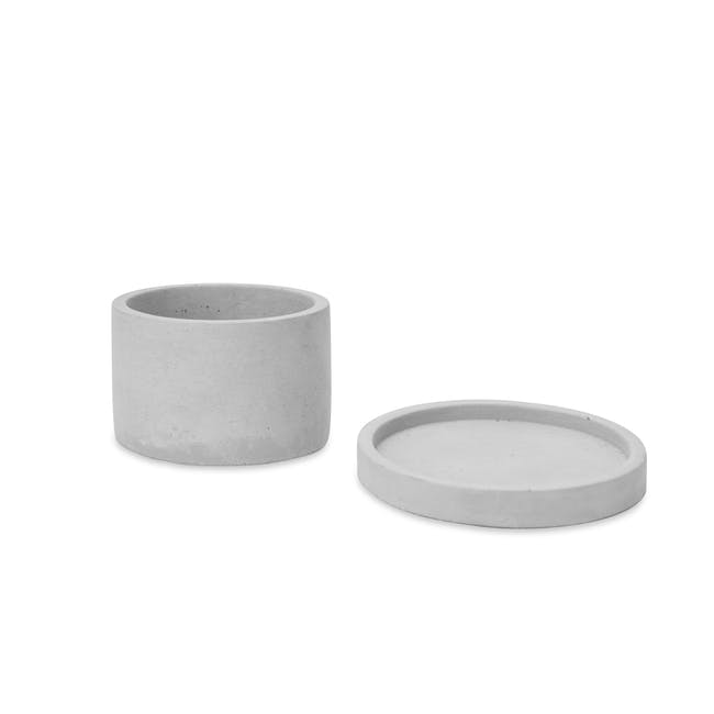 Round Concrete Pot with Saucer - Small - 1