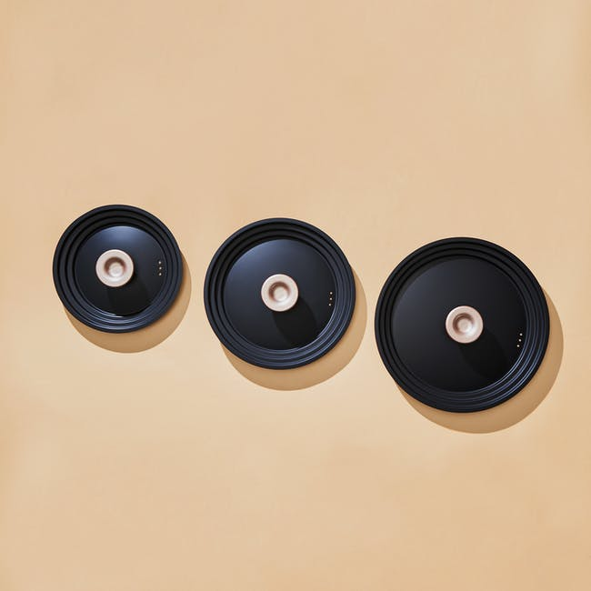 Meyer Accent Series Ultra-Durable Nonstick 22cm Saucier with Lid - 8