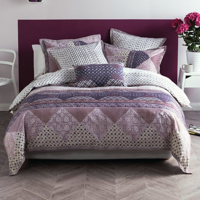 Inez 4-Pc Bedding Set (3 Sizes) - 0