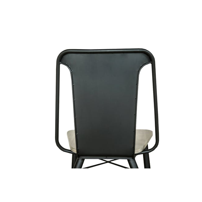 Ryland Concrete Dining Table 1.6m and 4 Starck Dining Chairs - 12