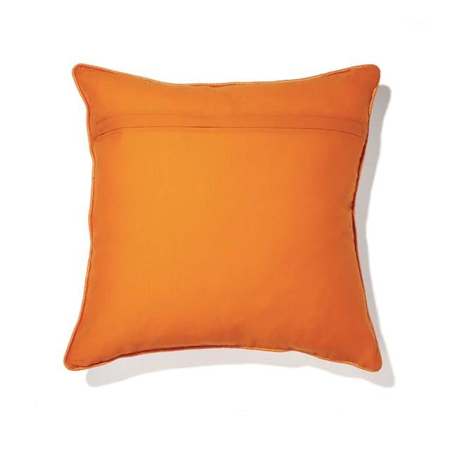 Omente Cushion - 1