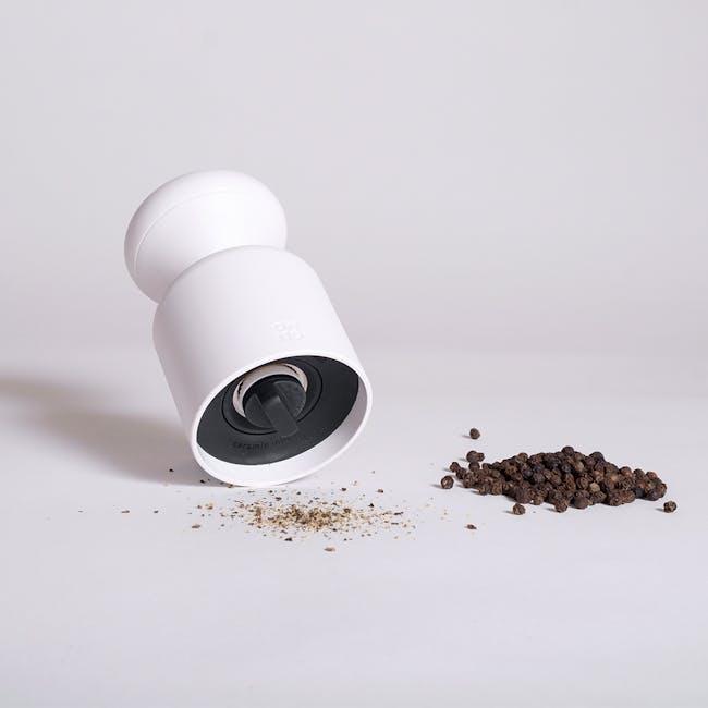 OMMO Mulino Salt & Pepper Mill - Black - 2