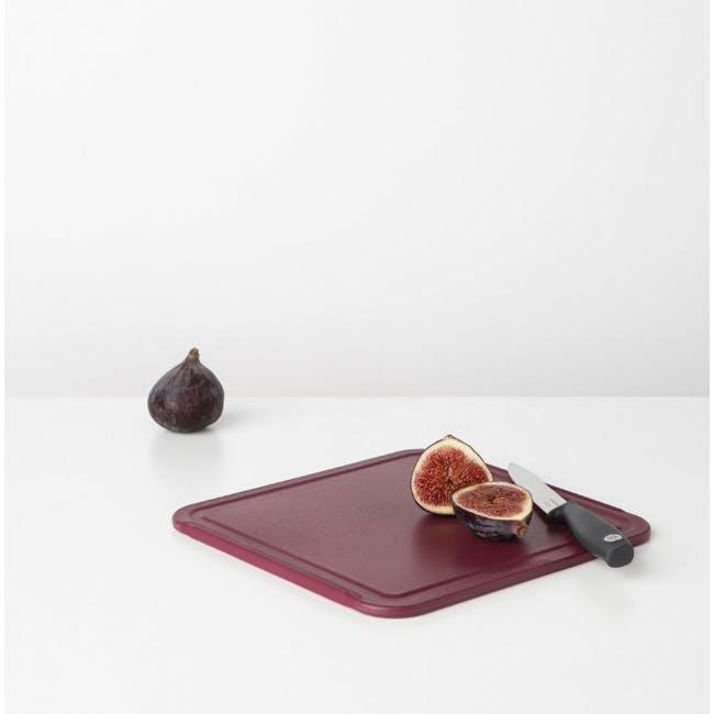 Tasty+ Medium Cutting Board - Aubergine Red - 1