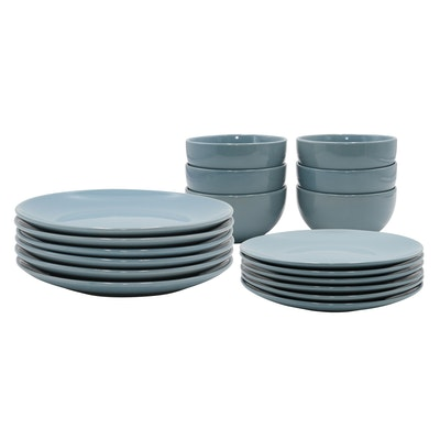 EVERYDAY 18-Pc Dinnerware Set - Blue - Image 1